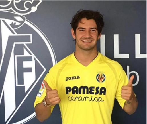 Alexandre Pato vừa chia tay Chelsea đã có CLB mới