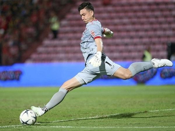 Tin hot bóng đá 3/8: Văn Lâm báo tin vui cho HLV Park Hang-seo từ Thái Lan