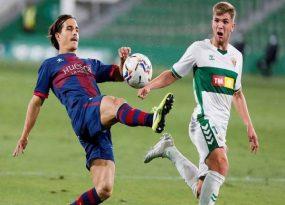 Soi kèo Huesca vs Elche, 02h00 ngày 10/4 - La Liga
